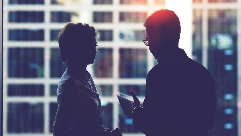 Kako zaščitite pogovore pred radovedneži, državo in škodoželjneži