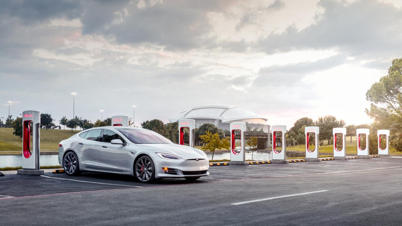 Tesla v Evropi porazila Nemce, ki se poslužujejo tudi nenavadnih praks