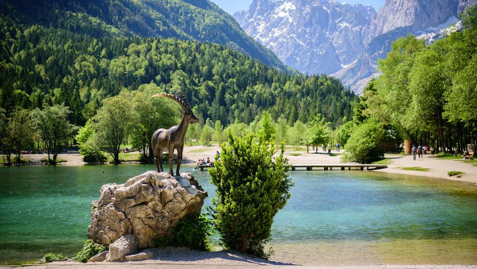 Das Land auf der Sonnenseite der Alpen bricht touristische Rekorde
