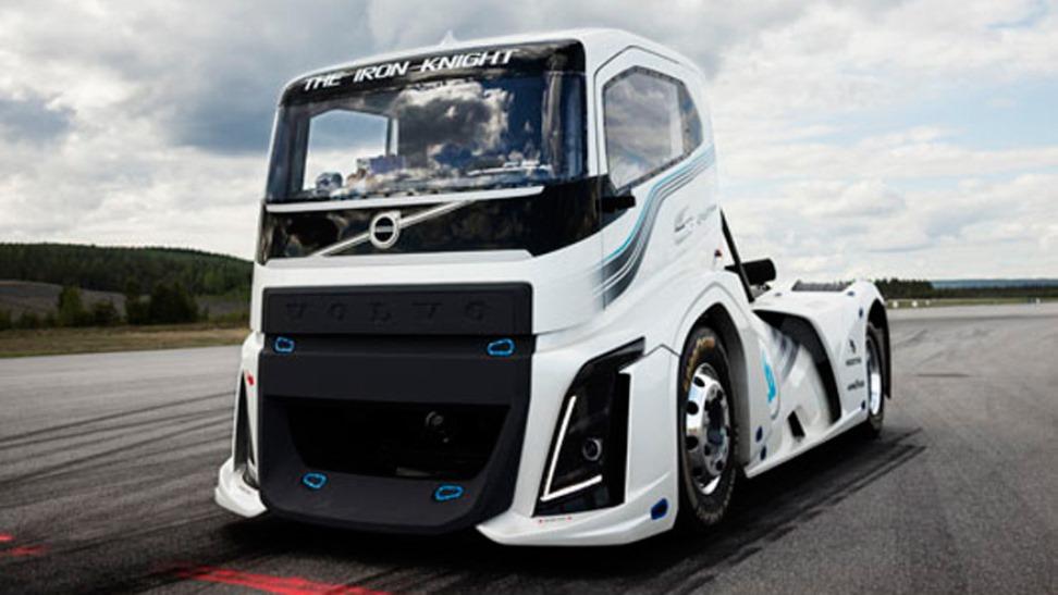 (video) Tovornjak, ki drvi z 276 na uro!