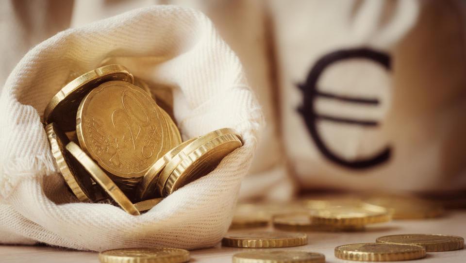 TOP razpisi tega tedna: podjetniški sklad, občine ...