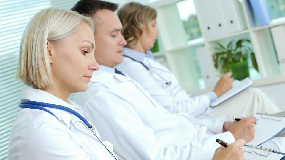 Kako so revmatologi presegli dolge čakalne dobe (Dobra praksa 2016)