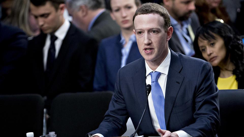 Zuckerberg prihaja na zagovor v Evropski parlament