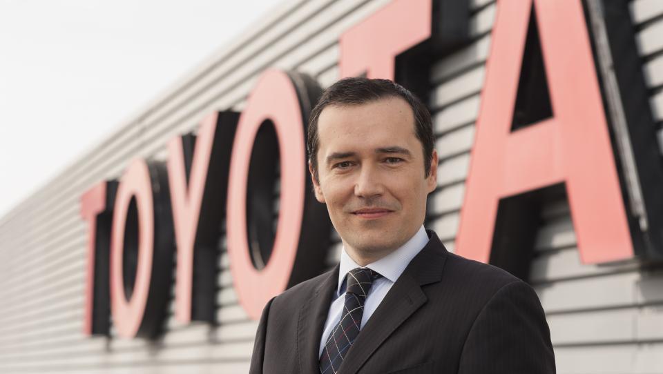 (intervju) Slovenec, ki Toyoto vozi med čermi največjega evropskega trga
